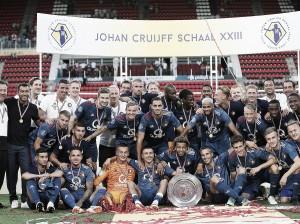 El Feyenoord se lleva su segunda Supercopa consecutiva