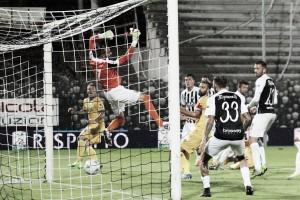 Serie B: crollano le big, Frosinone solo in vetta. Nelle zone basse, risale il Foggia