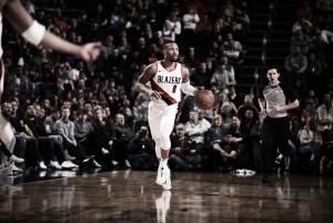 NBA, Lillard show a Phoenix. I Lakers vincono a Sacramento