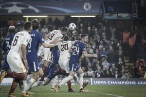 Champions League: la Roma conquista un punto importantissimo, Chelsea poco concentrato (3-3)