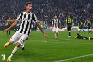 Pagelle Juventus: Chiellini è un muro, Dybala troppo timido