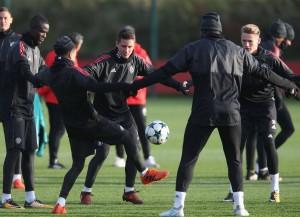 Champions League - Manchester United vs Benfica, Mourinho per chiudere la pratica