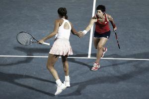 Carla Suárez y Garbiñe Muguruza claudican en la final de dobles en Dubai