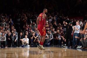NBA - King James si prende il Garden, Nola col fiatone sul Beli; Minnie ok, Jazz rimandati