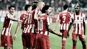 Olympiacos gana en una noche agridulce