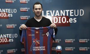 Juan Puertas vuelve al Levante para su debut en Primera División