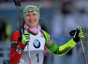 Biathlon: a Oberhof doppietta di Svendsen e Domracheva