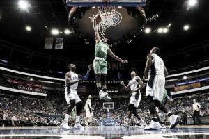 Los Celtics arrasan a los Magic en la segunda parte