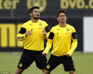 Gundogan returns to full training with Dortmund