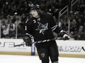 Douglas Murray deja la NHL tras 518 partidos a sus espaldas