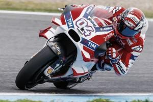 MotoGP - Libere in Malesia, comanda Dovizioso. Marquez nel traffico