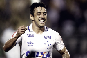 """Robinho exalta novo elenco do Cruzeiro: """"Só contratações espetaculares"""""""