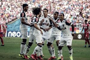 Robinho celebra atuação do Atlético-MG e critica equipe de arbitragem