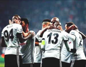 Champions League - Il Besiktas pareggia col Porto e vola agli ottavi: 1-1 alla Vodafone Arena