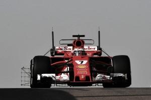 Test Abu Dhabi: Raikkonen primo nella mattinata, Alonso va a sbattere
