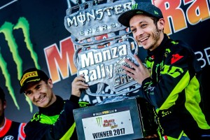 """Valentino Rossi al Rally di Monza: """"Continuerò ancora per un po'"""""""