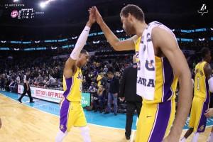 NBA - Lakers, scherzetto agli Hornets. Miami piega Brooklyn in Messico