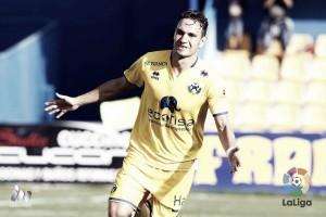 David Rodríguez empata a Quini como máximo goleador histórico en Segunda