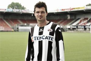 Dragan Paljić le dice adiós al Polman Stadion