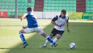 El Linares logra un punto ante un Mérida apático