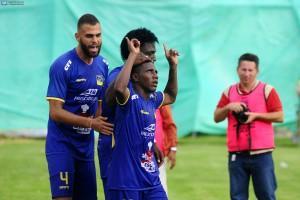 Delfín debe ganar a El Nacional para seguir puntero