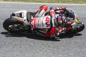 Sachsenring: seconde libere a Bradl. Cade di nuovo Jorge Lorenzo