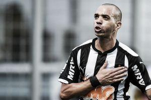 Diego Tardelli comemora bom momento do Atlético-MG