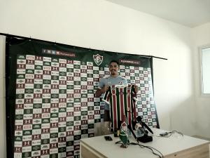"""Apresentado, Gilberto destaca expectativa em atuar no Fluminense: """"Sempre grande"""""""