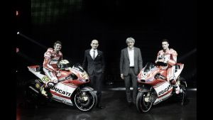 Ducati confirma a Andrea Dovizioso y Cal Crutchlow para 2015