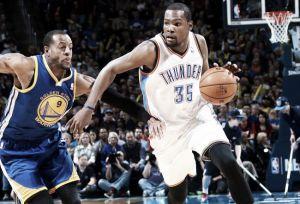 Durant destroza a los Warriors con 54 puntos