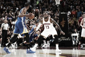 Golden State Warriors take 3-0 lead over Cleveland Cavaliers in NBA Finals