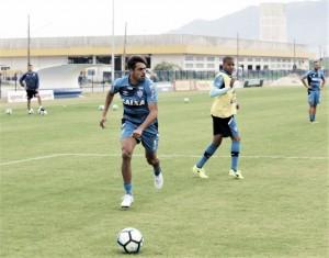 Júnior Dutra é o primeiro reforço do Corinthians para 2018