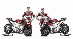 Ducati presenta su moto para 2015: la Ducati Desmosedici GP 15