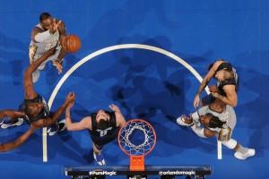 NBA - Continua il momento nero dei Cavs, sconfitti anche dai Magic; vittoria casalinga per gli Hawks