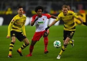 Bundesliga - Pari e patta tra Dortmund ed Augsburg: a Reus risponde Danso