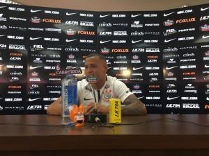 Lateral Sidcley é apresentado como novo reforço do Corinthians para 2018