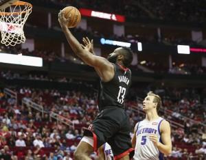 NBA - Houston gioisce all'overtime; Utah le suona ai Mavericks