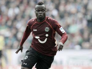 Didier Ya Konan re-signs for Hanover