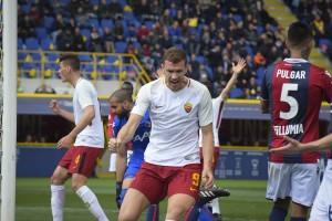 Serie A - Dzeko salva la Roma, al Bologna non basta Pulgar