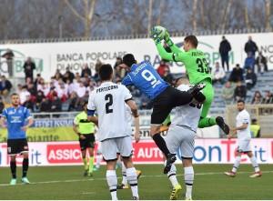 Serie B - Maniero stende il Cesena: il Novara vince 1-0