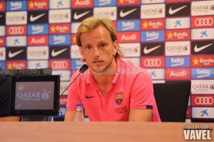 "Rakitic: ""No puedo regatear como Messi ni sacar la pelota como Iniesta o Xavi, pero aportaré mi fútbol"""