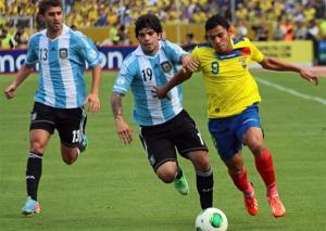 Ecuador empata con Argentina y complica su clasificación (VIDEO)