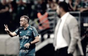 """Após vitória emocionante, Eduardo Baptista exalta Palmeiras: """"Aprendeu a não desistir"""""""