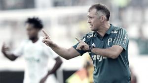 """Eduardo Baptista critica atuação passiva do Palmeiras: """"Estávamos sem reação"""""""