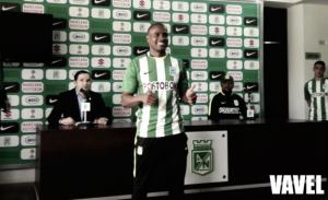 """Edwin Valencia: """"está siendo difícil jugar miércoles-domingo"""""""