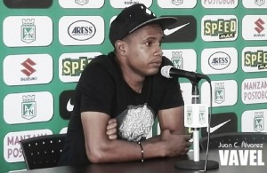 """Edwin Valencia: """"Gracias a Dios estoy bien, trabajando bien y esperando nuevamente la oportunidad del 'profe'"""""""