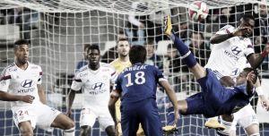 El Olympique de Lyon choca con el muro defensivo del Bastia
