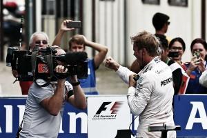 Nico Rosberg pone el mundial patas arriba