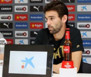 """Víctor Álvarez: """"Me da igual la posición; lo que quiero es acumular minutos y jugar"""""""