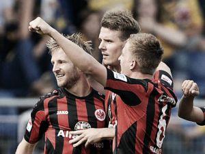 El Eintracht se va al parón sin ganar en casa